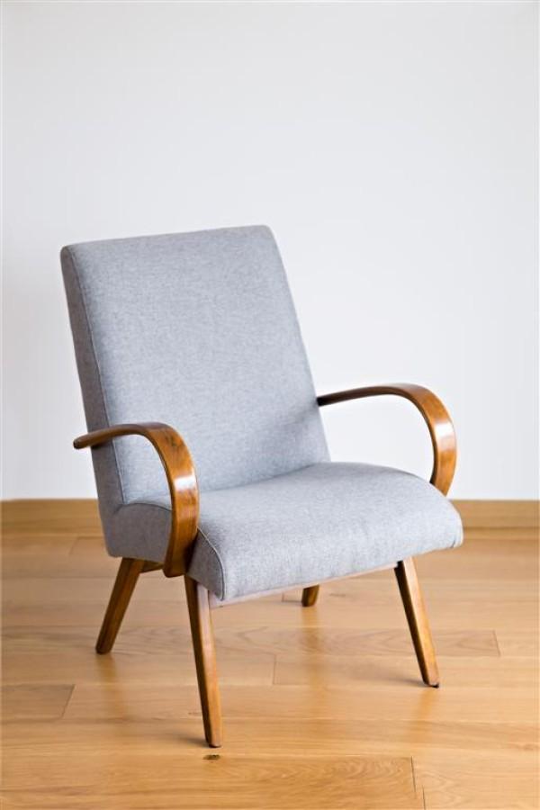 Čekoslovakiškas fotelis. Jindrich Halabala stilius.